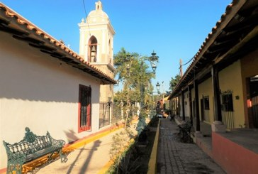 <center>El Quelite es visitado por la realeza y también por una diversidad increible de personas</center>
