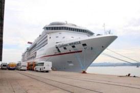 Llegó a Mazatlán el Crucero Turístico Miracle