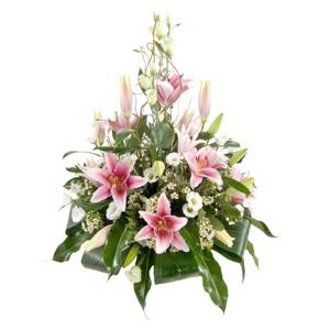 composizioni di fiori  consegna fiori a domicilio