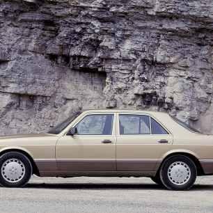 Mercedes-Benz 560 SE (1988 bis 1991) der S-Klasse Baureihe 126.