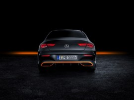 Mercedes-Benz CLA, Edition Orange Art, AMG Line, kosmosschwarz. Mercedes-Benz CLA, Edition Orange Art, AMG Line, cosmos black.