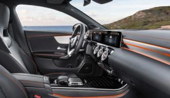 Mercedes-Benz CLA, Edition Orange Art, AMG Line, kosmosschwarz. Mercedes-Benz CLA, Edition Orange Art, AMG Line, cosmos black.
