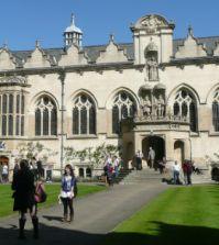 Oxford: Neues Modul zu globalen Regeln 1