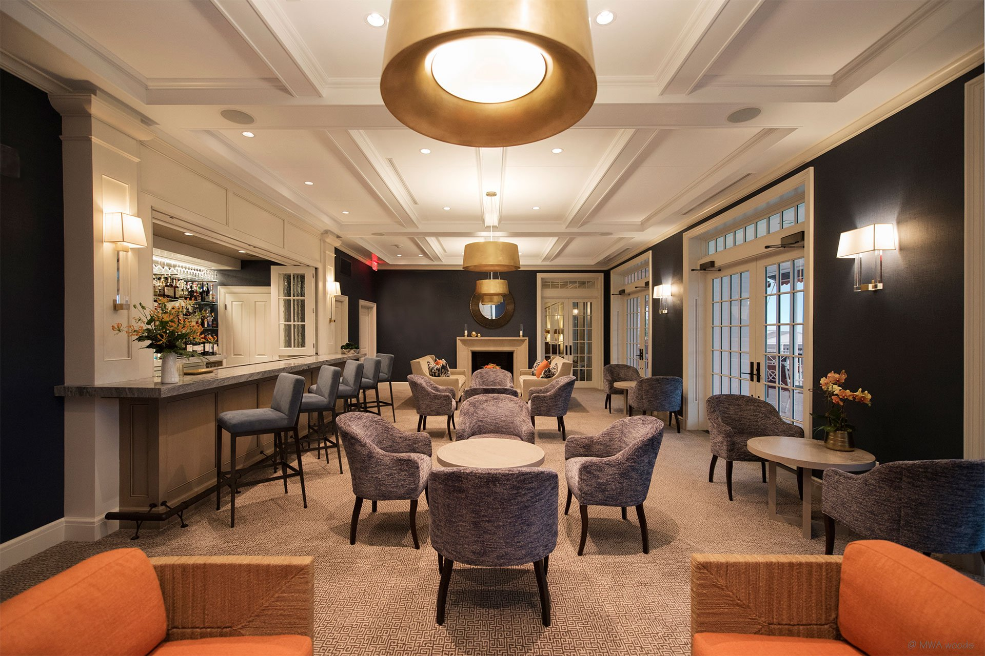 murphy-brothers-contracting-commercial-greewich-country-club-elmers-lounge-06