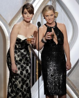 Golden-Globes-2014-Tina-Fey-Amy-Poehler-Will-Host-Again-391472-2