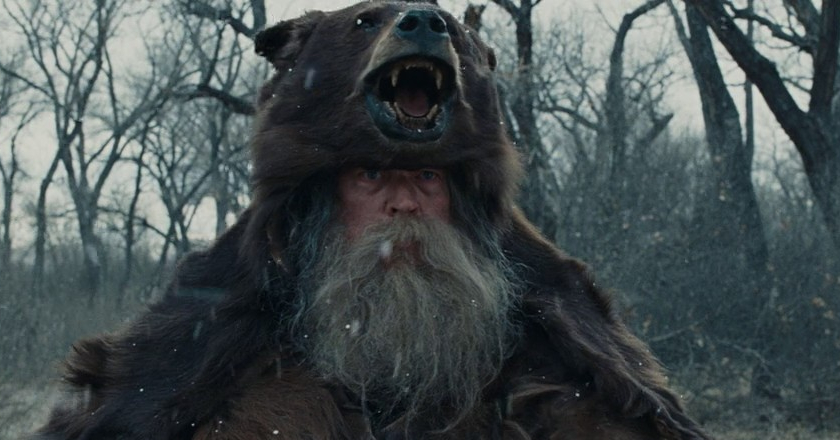 Bear-Hunter-From-Movie-True-Grit