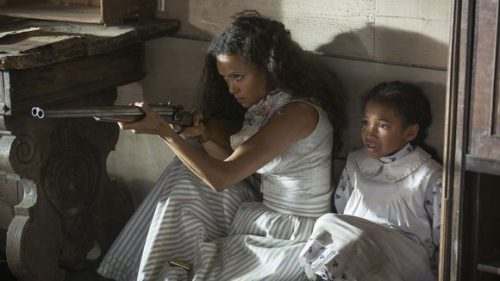 636114515610250522-thandie-newton-as-maeve-and-jasmyn-rae-as-homestead-girl-credit-john-p-10