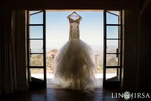 Wedding Dress at Malibu Rocky Oaks