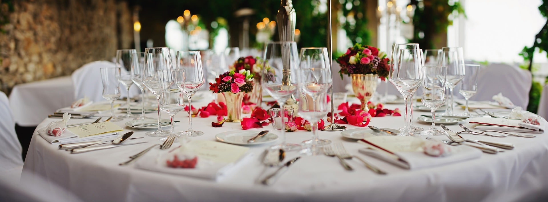 Which Wedding Food Service Style Is Right For You Mbm Catering