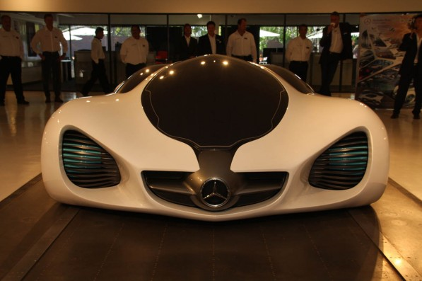 04 2010 la design m b live 597x397 LA 2010: Mercedes Benz shows off Biome concept for LA Design Challenge
