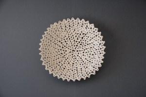 gebreide schaal, steengoed, 30x30x10 cm