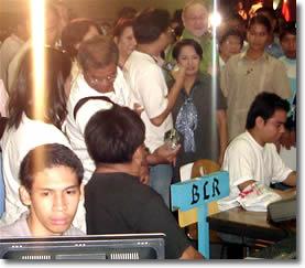 Pres GMA talks to Sir Jojo with TESDA Dir. Boboy Syjuco.