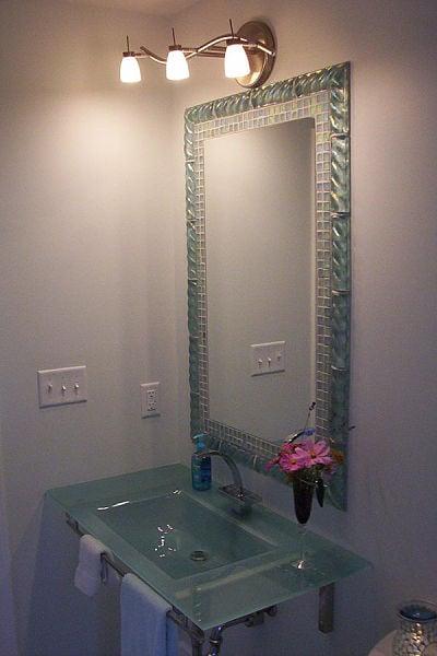 half bathroom wall ideas