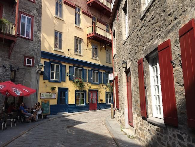 Quebec scenic street