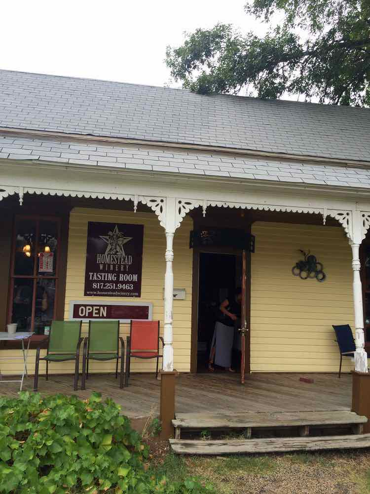 visit the Homestead Winery Tasting Room in Grapevine TX