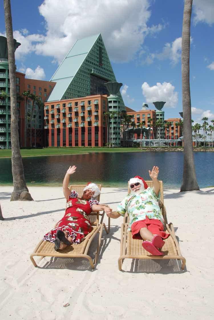 tropical Christmas decorations: Florida edition