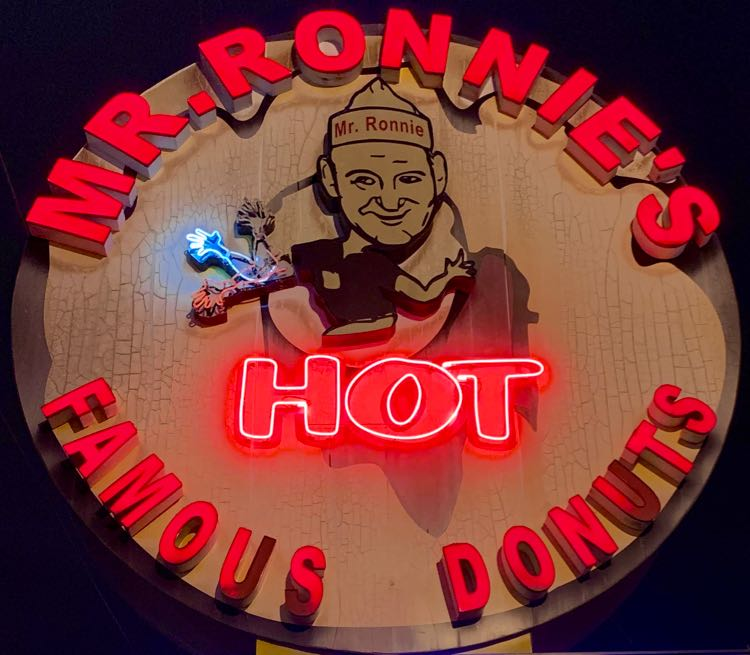 HOT light at Mr Ronnies donuts
