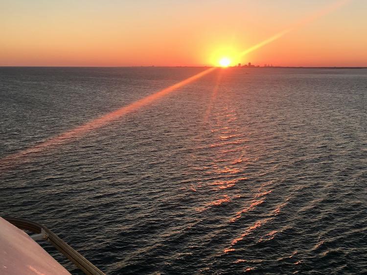 gorgeous US Gulf Coast sunset spots: Galveston Texas sunset