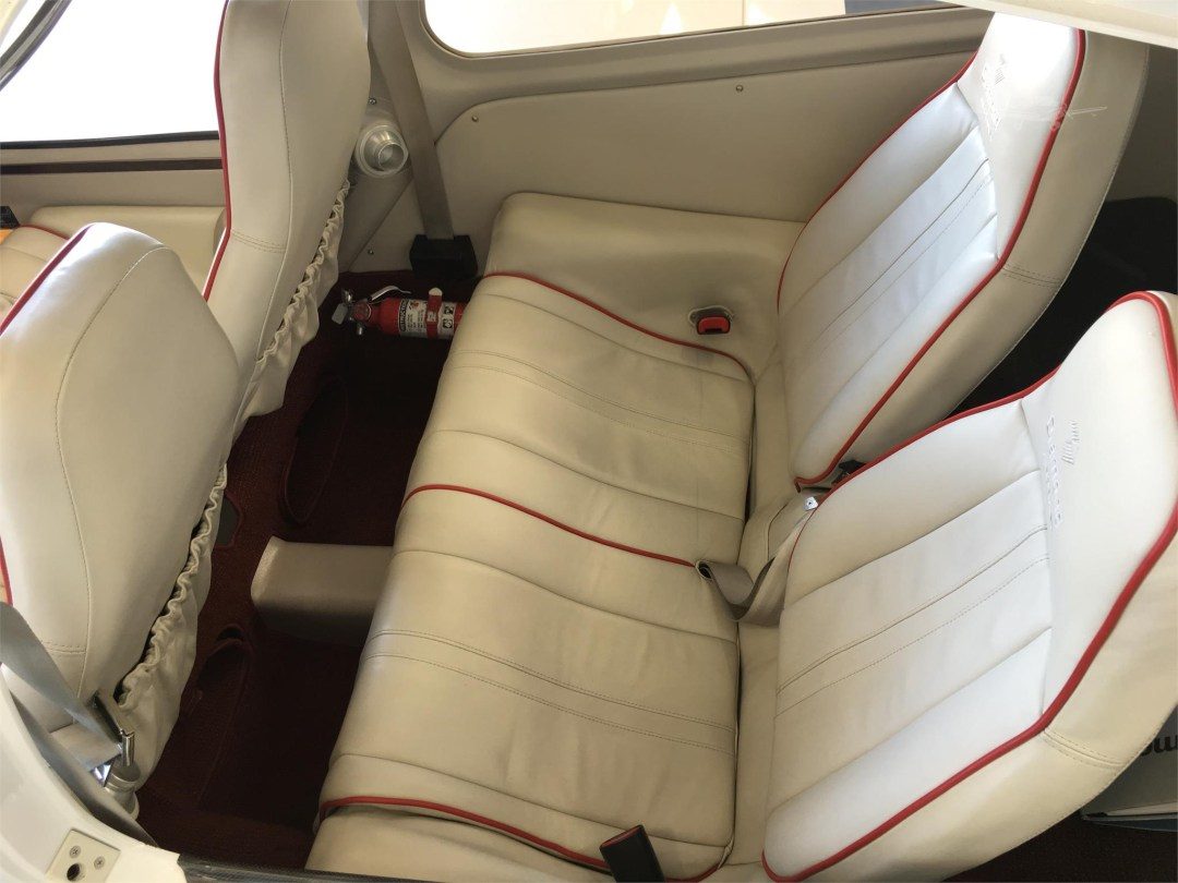 2010 DIAMOND DA40 XLS N355DS rear seats