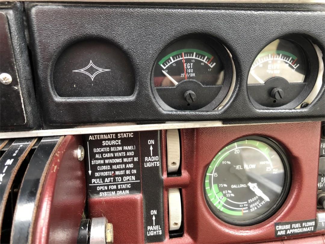 1979 PIPER SENECA II Engine temp and fuel flow guages