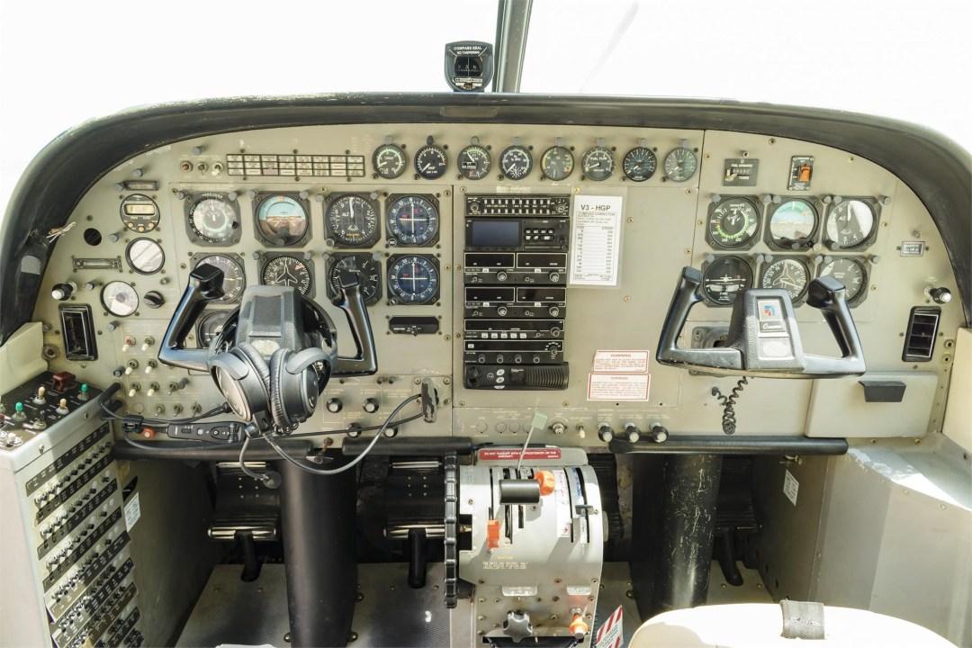 2002 CESSNA CARAVAN 208B GRAND full instrument panel view