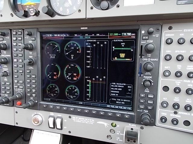 2008 DIAMOND DA40 XLS G1000 including GFC700 auto pilot Instrument panel
