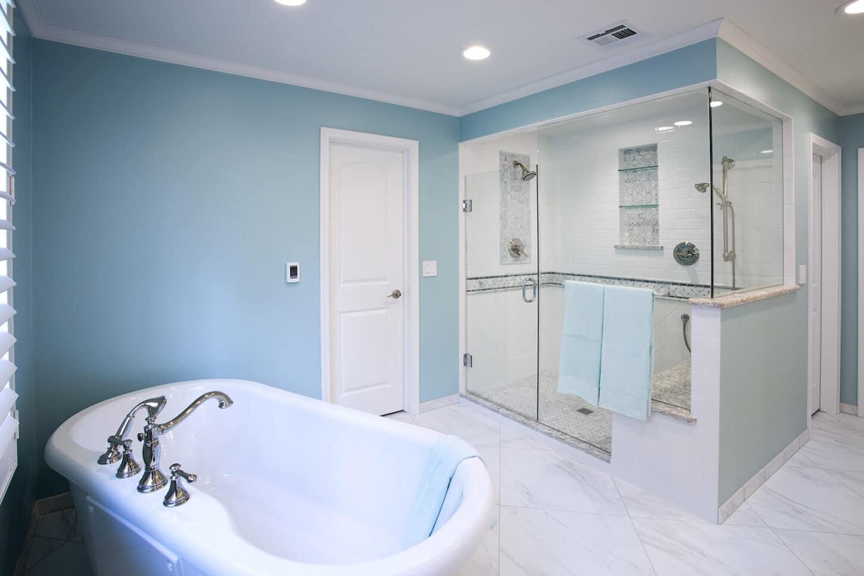 Lakepoint Wichita Master Bath