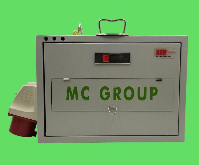 32A 三相電箱 – MC Group
