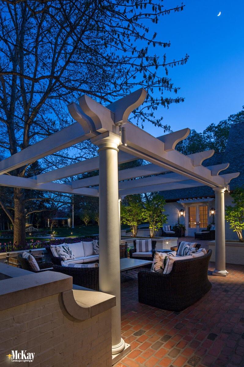 low voltage outdoor lighting design