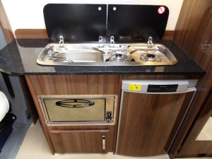 motorhome oven and fridge