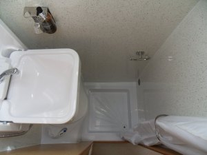 Mercedes motorhome bathroom