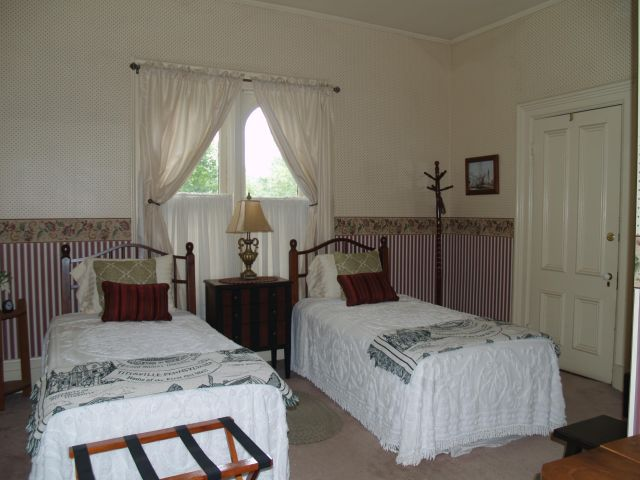 Drake Room at McMullen House