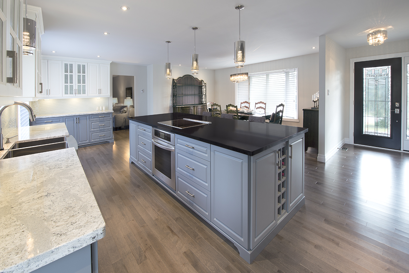 Kitchen Island & Dining Room