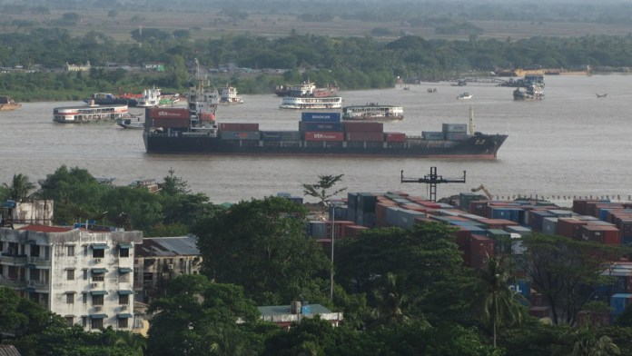 yangon-river-shipping-traffic-2013-image-david-dubyne