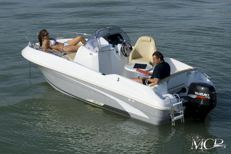 Beneteau Flyer 550 Open MCP Motorboat Charter Punat