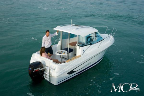 Beneteau Antares 580 HB MCP Motorboat Charter Punat
