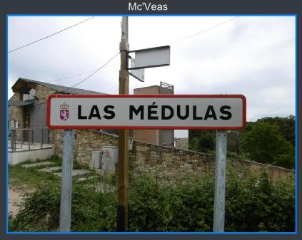 cartel carretera entrada al pueblo de las Médulas
