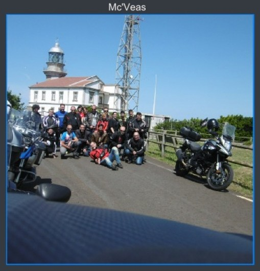 Grupo en Faro Cabo Peñas