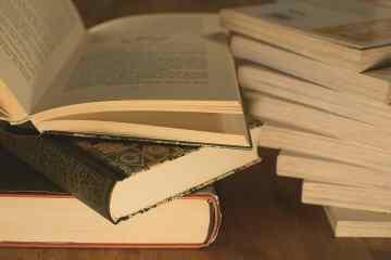 Books learning homesteading