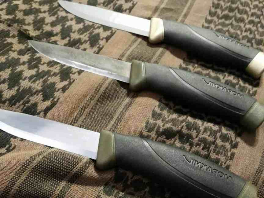 Morakniv-Companion-Fixed-Blade-Outdoor-Knife-with-Carbon-Steel-Blade