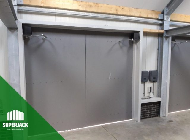 Garagedeur-opener-type-SJ-SW501-KnikarmJack