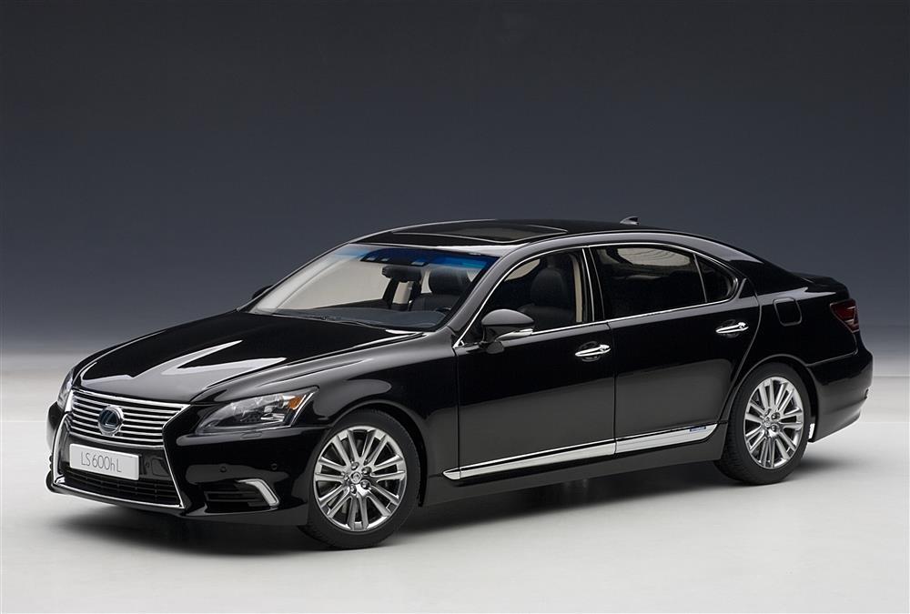 AUTOart Lexus LS600hL Black 78842 In 118 Scale MDiecast