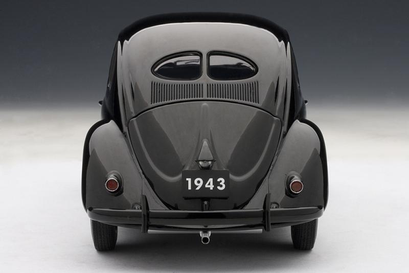 AUTOart 1943 Volkswagen Beetle Kafer Limousine Black 79766 In 118 Scale MDiecast