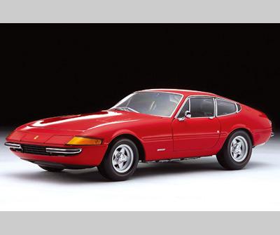 Kyosho 1971 Ferrari 365 GTB4 Daytona Red 08162R In 118 Scale MDiecast