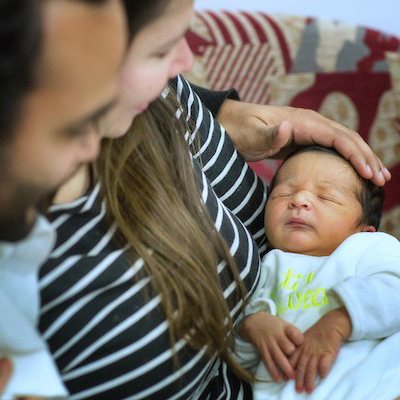 Suivi après la naissance © Jean-Francois Deroubaix