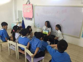 Grade 11 HUMSS studes set time for reading thru animated videos