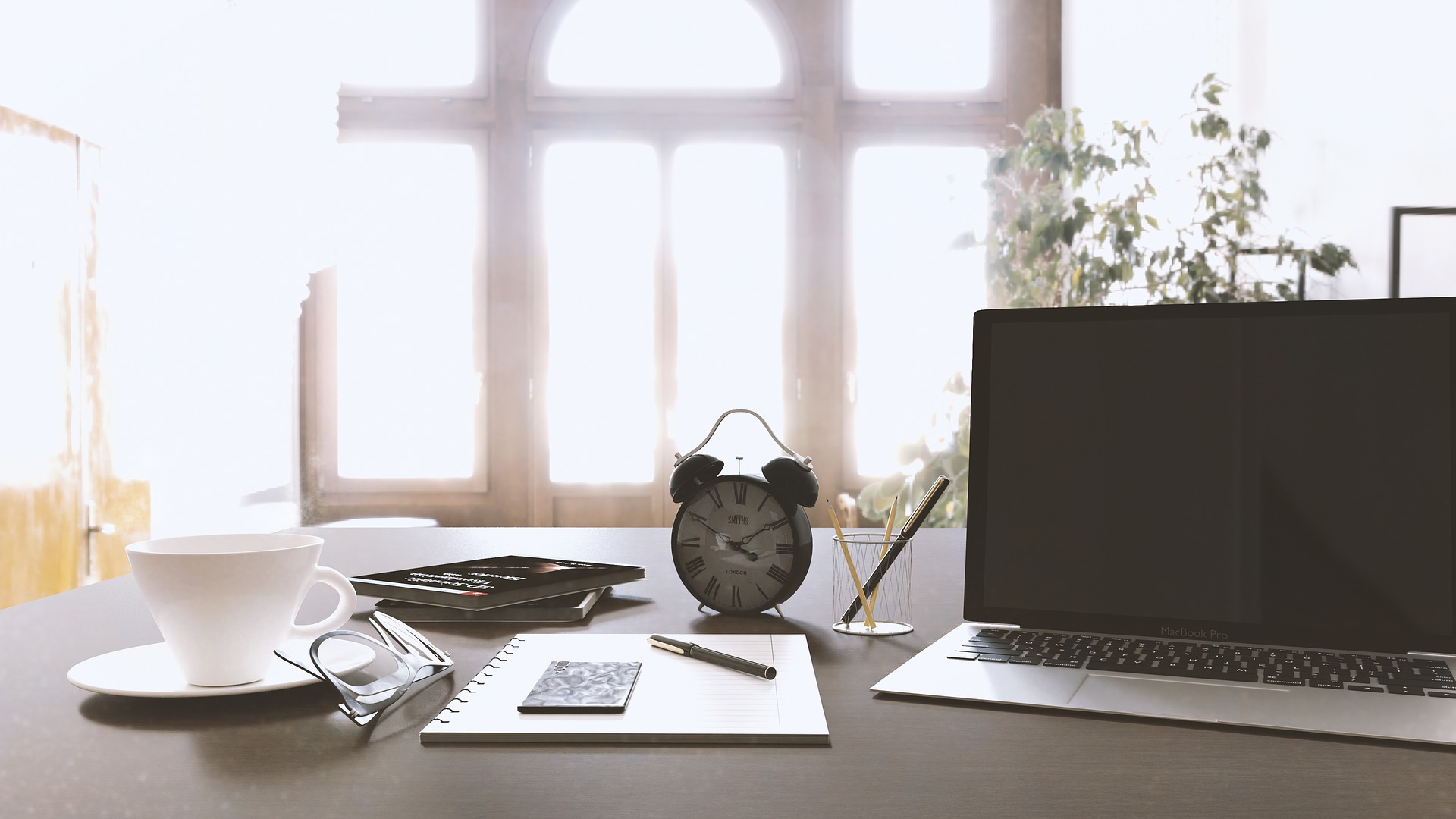 3 Steps to a Permanently Clear Desk