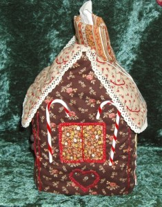 113. Quilted Gingerbread House Tissue Holder