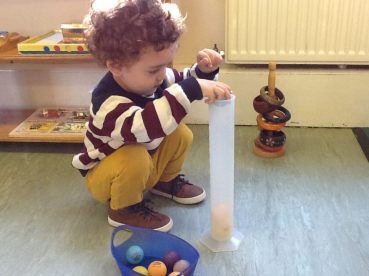 Parent and Toddler Stay and Play_Montessori tube14457378_1660018794310266_294915088498064763_n