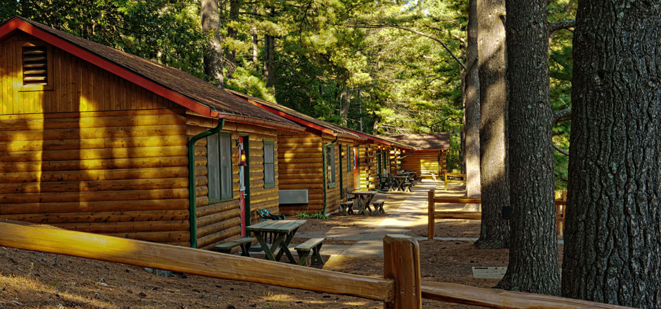 Cabins at Meadowbrook Resort & DellsPackages.com in Wisconsin Dells